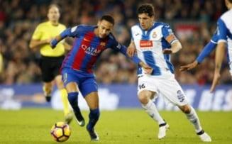 FC Barcelona castiga derbiul cu Espanyol si ramane pe primul loc in Spania
