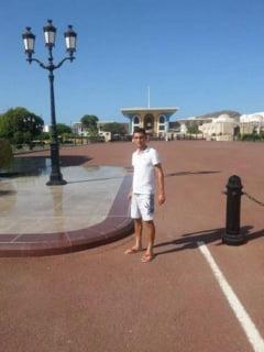 FC Brasov. Antrenor de tenis in Oman, gest simbolic de sustinere pentru Steagu!