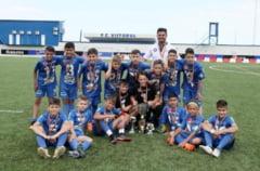 FC Viitorul 2006 si Cautis Bucuresti 2007 au castigat Dolphin Cup 2018!
