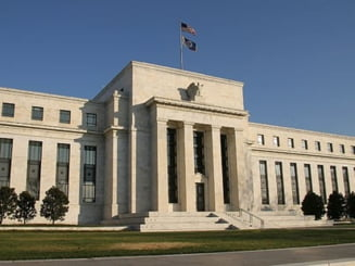 FED-ul ia in calcul noi interventii financiare masive