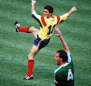 FIFA: Regele Hagi - unul dintre cei mai buni jucatori din lume ai generatiei sale