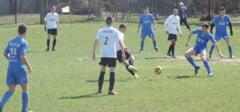 FOTBAL: 21 de meciuri in turul IV al Cupei Romaniei, in judetul Dambovita