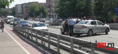 FOTO. Accident pe Podul Golescu. Masina a Politiei, avariata