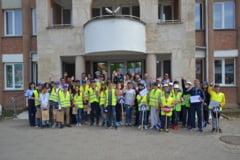 """FOTO: CASTIGATORII concursului """"Patrule scolare in actiune"""" organizat de IPJ Alba, in cadrul activitatilor dedicate Zilei Internationale a Copilului"""