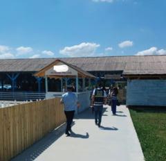 FOTO! Controale la piscinele, terasele si centrele comerciale din Vrancea: 41 de amenzi in valoare de 15920 lei