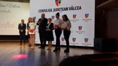 FOTO: Ei sunt elevii premiati la prima GALA A EDUCATIEI din Valcea