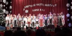 "FOTO: Festivalul-Concurs ""Hristos Se naste, mariti-L!"", la Reghin"