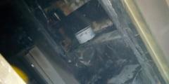 FOTO: Incendiu localizat rapid la un apartament de pe Parangului