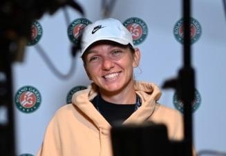 """FOTO """"Mereu zambitoare"""". Imaginile cu care Simona Halep i-a cucerit pe francezi la Roland-Garros"""