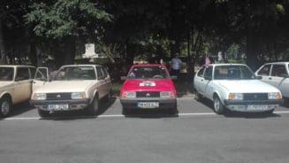 FOTO. Parada masinilor de epoca, la Satu Mare
