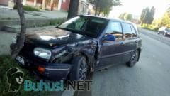FOTO: Patru masini implicate intr-un accident rutier in zona garii din Buhusi