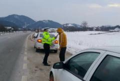FOTO! Pericol PUBLIC: soferi BAUEsI, prinsi de oamenii legii pe soselele din Vrancea