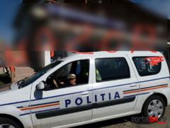 FOTO. Reclama cu masina Politiei. Cum se promoveaza un restaurant din Satu Mare