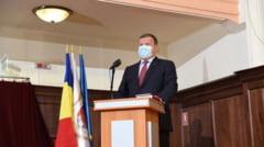 """FOTO- VIDEO. Primarul Gutau a depus juramantul: """"Sa lasam politica deoparte si tot ceea ce facem sa facem in folosul cetatenilor"""""""