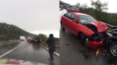 FOTO-ACCIDENT pe DN 7: Trei masini implicate, doua victime. Trafic blocat