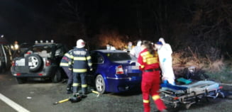 FOTO Accident rutier intre Sibiu si Medias, soldat cu patru raniti. Circulatia este intrerupta pe DN 14