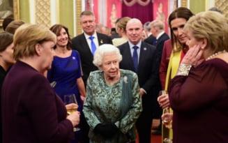 FOTO Ce aparitie au avut Klaus si Carmen Iohannis la receptia de la Palatul Buckingham
