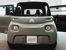 """FOTO Cea mai mica masina din lume costa 6.000 de euro si poate fi condusa fara permis: """"E un obiect de mobilitate urbana"""""""