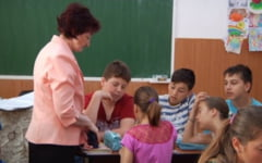 FOTO Inveti bine, mergi la mare! Metoda inedita prin care au crescut performantele scolare intr-o localitate din Prahova