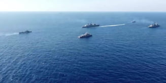 FOTO Navele de lupta ale Greciei au format un 'zid' in Mediterana pentru a impiedica o nava turca sa patrunda