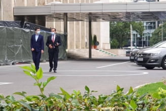 """FOTO Nicusor Dan s-a intalnit la Cotroceni cu Iohannis si Orban. Presedintia: """"Presedintele a apreciat ca solutiile propuse de Nicusor Dan sunt fezabile"""""""