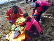 FOTO O tanara de 19 ani a cazut cu ATV-ul intr-o prapastie, in Apuseni. Victima, transportata la spital cu elicopterul SMURD