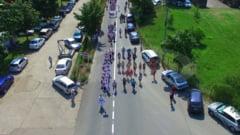 FOTO Peste 200 de dansatori au participat la parada portului popular din statiunea Sarata Monteoru