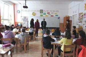 FOTO Primarul Andrei, vizita in scoli si gradinite pentru a afla nevoile bugetare direct de la cei din Invatamant