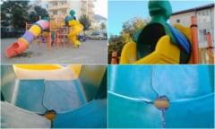 FOTO STIREA TA pe Alba24: Tobogan-capcana, intr-un parc de joaca din Alba Iulia. Pericol pentru cei mici