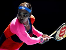FOTO Serena Williams, cu bijuteriile pe teren la Melbourne