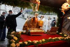 FOTO Sute de credinciosi in pelerinaj la moastele Sfantului Apostol Andrei, in Galati