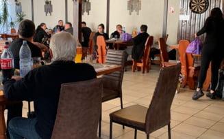 FOTO Un parastas si o nunta au fost intrerupte de politisti in Ilfov pentru nerespectarea masurilor sanitare. Amenzi uriase primite de organizatori