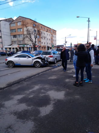 FOTO/VIDEO: Accident in lant pe Calea Moldovei din municipiu