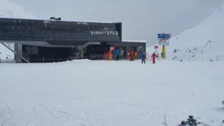 FOTO VIDEO Cat de pustii sunt celebrele partii de schi din Alpi. Turistii au fost interzisi, in ciuda protestelor vehemente