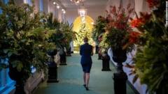 FOTO/VIDEO Cum arata Casa Alba decorata de Sarbatori. Melania Trump s-a implicat in organizare