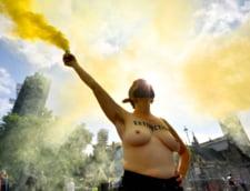FOTO Zece zile de proteste ecologiste la Londra. Un protestatar a fost arestat pentru vandalizarea statuii lui Winston Churchill