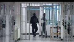 Face bani si din arest: Penitenciarul Poarta Alba cumpara produse de la o firma controlata de Ghita