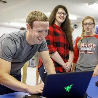Facebook, la rascruce. Mark Zuckerberg pierde miliarde de dolari in incercarea de a salva compania. Va reusi?