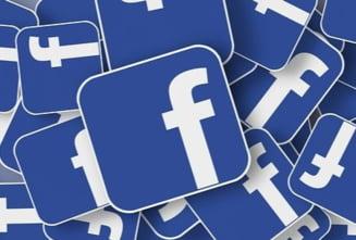 """Facebook estimeaza ca 5% din conturile active sunt """"false"""""""