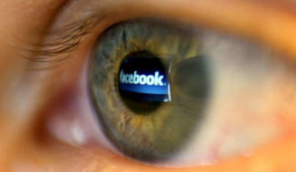Facebook ne lasa sa votam schimbarile in politica de confidentialitate