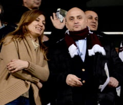 Falimentul fotbalului romanesc: Patronul Rapidului vrea sa vanda echipa cu un leu!