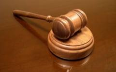Falsificatori de facturi si diplome de Bacalaureat trimisi in judecata