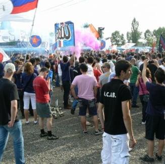 Fanii incearca sa-l convinga pe Dumitrescu sa refuze Steaua