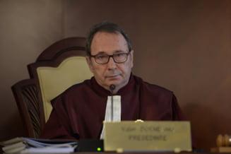"""Fara precedent in istoria CCR: Valer Dorneanu face """"precizari"""" despre cum s-a deliberat in cazul numirii lui Florin Iordache la Consiliul Legislativ"""