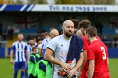 """Faza zilei in fotbal vine din Anglia, unde un portar a executat un penalti care """"a stins lumina"""" in hohotele de ras ale fanilor (Video)"""