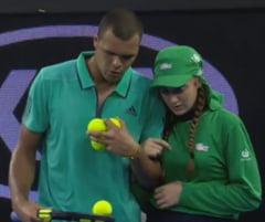 Faza zilei la Australian Open: Gest superb al unui jucator de top dupa ce un copil de mingi a fost lovit (Video)