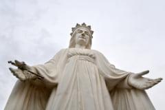 Fecioara Maria a fost interzisa intr-un orasel din Franta