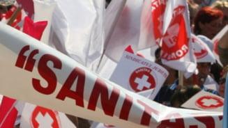 Federatia Sanitas: Angajatii din sanatate si din asistenta sociala sunt la capatul puterilor. Peste 90 de cadre medicale au murit in 2020