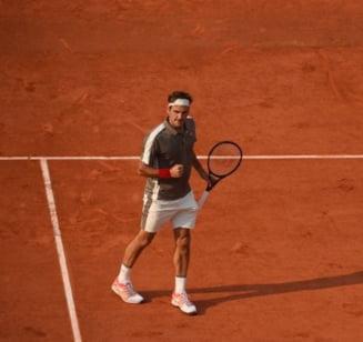 Federer se califica in semifinale la Roland Garros dupa un meci de mare lupta