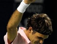 Federer si Murray se intalnesc in finala de la Toronto
